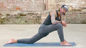 Yoga Video Tutorial: 3 Asanas für Fußballer von Mike Erler