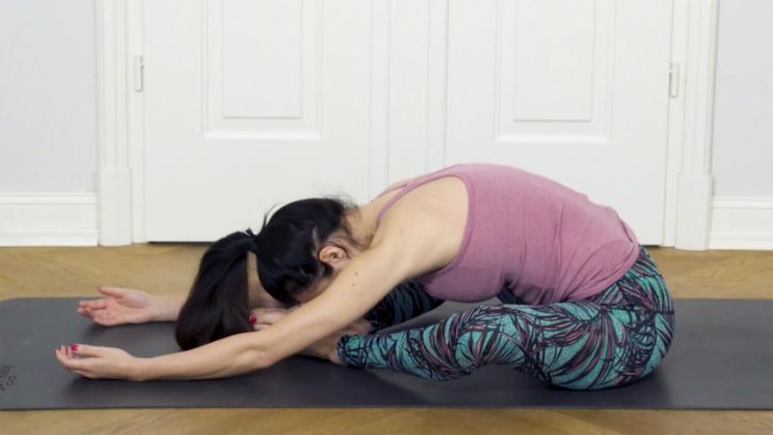 Yoga Video Tutorial: 3 Asanas vor dem Schlafengehen