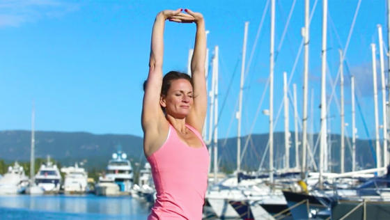 Yoga Video Squeeze and Breathe Flow