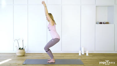 Yoga Video Tutorial: Stuhl – Utkatasana
