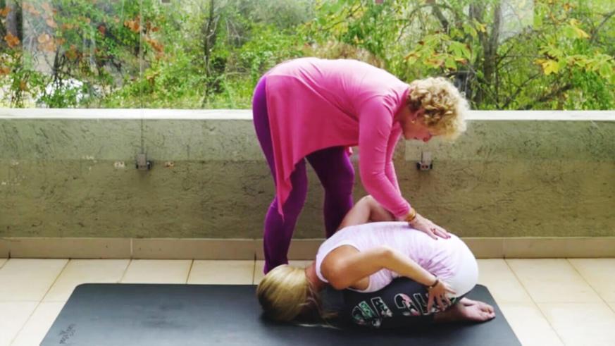 Yoga Video Tutorial: Kindshaltung – Balasana