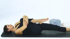 Yoga Video Unterstütze deine Verdauung mit Ayurveda & Yoga
