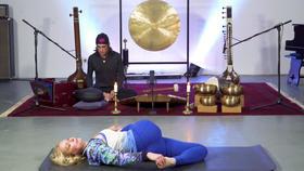 Yoga Video Emotionale Freiheit durch Hüftöffnung – Yin Yoga mit Musik