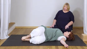 Yoga Video Yoga X-Large: Basic-Yoga für Anfänger in der Rückenlage