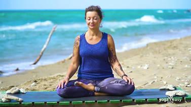 Yoga Video Herzmeditation: Bedingungslose Liebe atmen