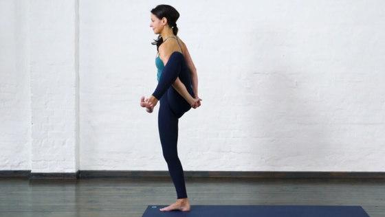 Yoga Video Herausforderungen umarmen – Paradiesvogel-Sequenz