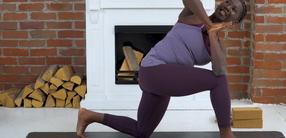 Twists ab Woche 10 nach der Geburt: Postnatal Yoga