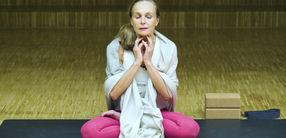 Tutorial: Obere Ujjayi-Atmung im Hormon-Yoga