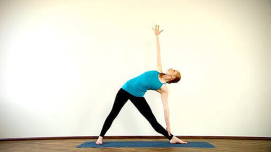 Yoga Video Clip: Trikonasana (Dreieckshaltung)