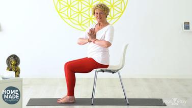 senioren_yoga_bauch_kraft