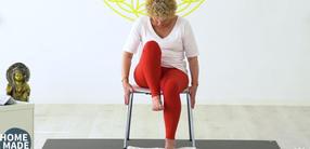 Die Verdauungskraft stärken: Senioren-Yoga (70+)