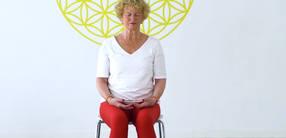 In die Ruhe finden, den Geist stabilisieren: Senioren-Yoga (70+)