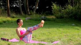 Yoga Video Happy Yoga - After Work Yoga