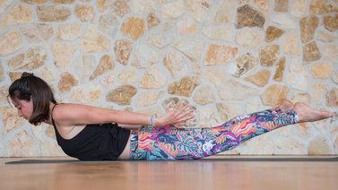 wanda_badwal_schulter_ruecken_yoga