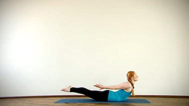 Yoga Video Clip: Shalabasana (Heuschrecke)