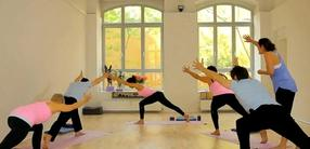 Yoga für Anfänger: Basis schaffen - die Reise beginnt.