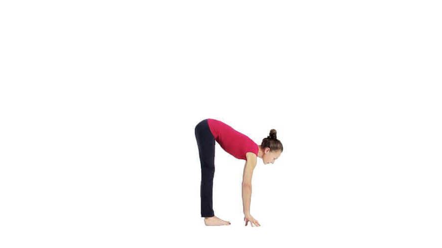 Yoga Video Detail in uttanasana und ardha uttanasana - Vorbeuge aus dem Stand und halbe Vorbeuge aus dem Stand