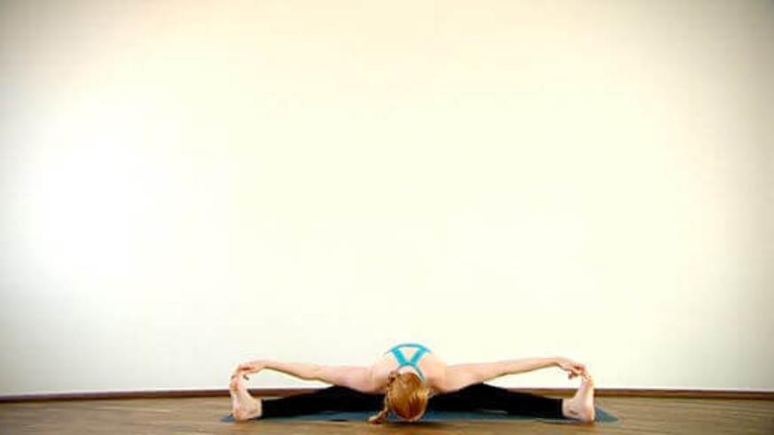 Yoga Video Clip: Upavistha Konasana (gehobene Winkelhaltung)