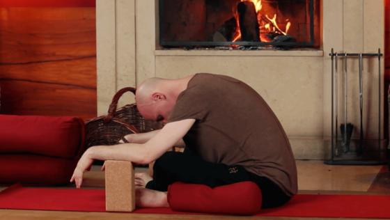 Yin Yoga mit René Hug: Eine hüftöffnende Übungspraxis