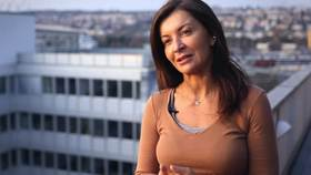 Yoga Video Lucia Nirmala Schmidt über Faszien Yoga