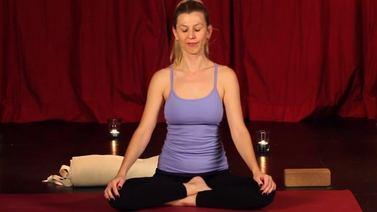 Yoga Video Guten Abend Yoga für einen wohltuenden Schlaf
