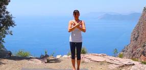 Detox Yoga: die klärende Ausatmung