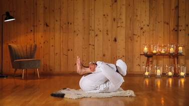 Yoga Video Kundalini Anfängerkurs: Stärke deine Aura
