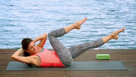 Yoga Video Core Revolved