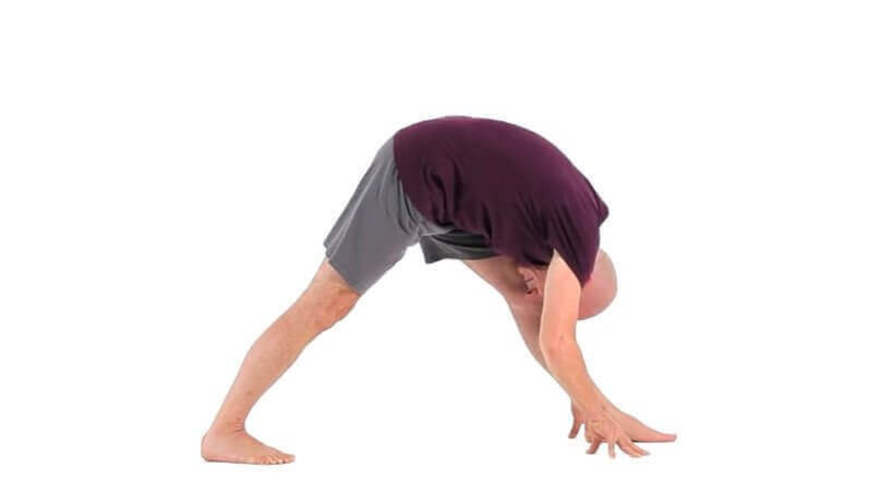 Yoga Video parsvottanasana (Pyramide)