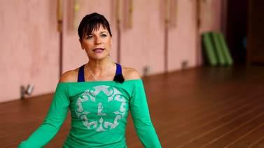 Yoga Video Kurzinterview: Medical Yoga, Fokus Nacken