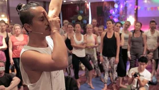 Yoga Video Impressionen von der Yoga Conference Germany 2016