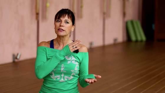 Yoga Video Kurzinterview: Medical Yoga, Rücken