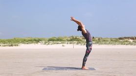 Yoga Video Wandaful Morning-Yoga: eine Morgensequenz mit Wanda Badwal