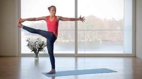 Yoga Video Staunen und sich wundern: weniger wollen, mehr bekommen, für mehr Balance