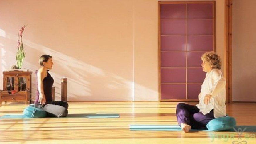 Yoga Video Yoga gegen Spannungskopfschmerz: Tagesprogramm