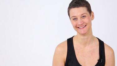 Yoga Video Kurzinterview mit Madhavi: Welche Bedeutung hat Meditation für dich?