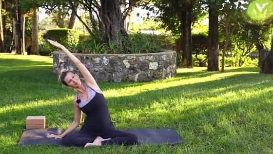 Yoga Video Schwangerschaftsflow für das erste und zweite Trimester