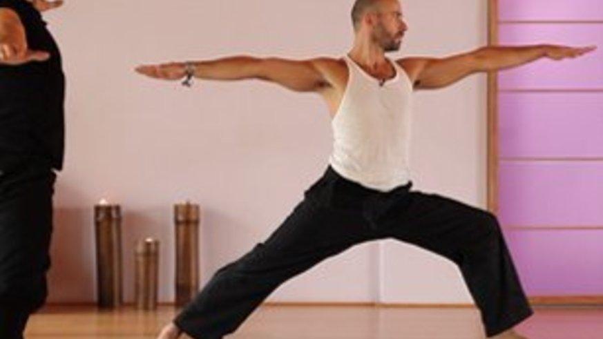 Yoga Video Kraft Vinyasa Flow (nicht nur) für Männer