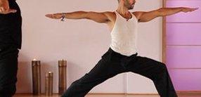 Kraft Vinyasa Flow (nicht nur) für Männer