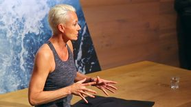 Yoga Video YogaEasy City Events: Patricia Thielemann