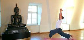 Yoga-Sequenz für einen guten Start in den Tag