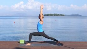 Yoga Video Morgen-Yoga: lange Beine, fester Bauch