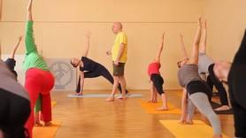 Yoga Video Anusara Yoga - Stabilität und Freiheit