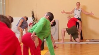 Yoga Video Anusara Yoga - Magic Happens