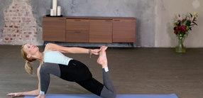 Morgen-Yoga mit Fokus auf sanften Rückbeugen