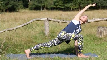 Yoga Video Aufwärm-Praxis zur Aktivierung